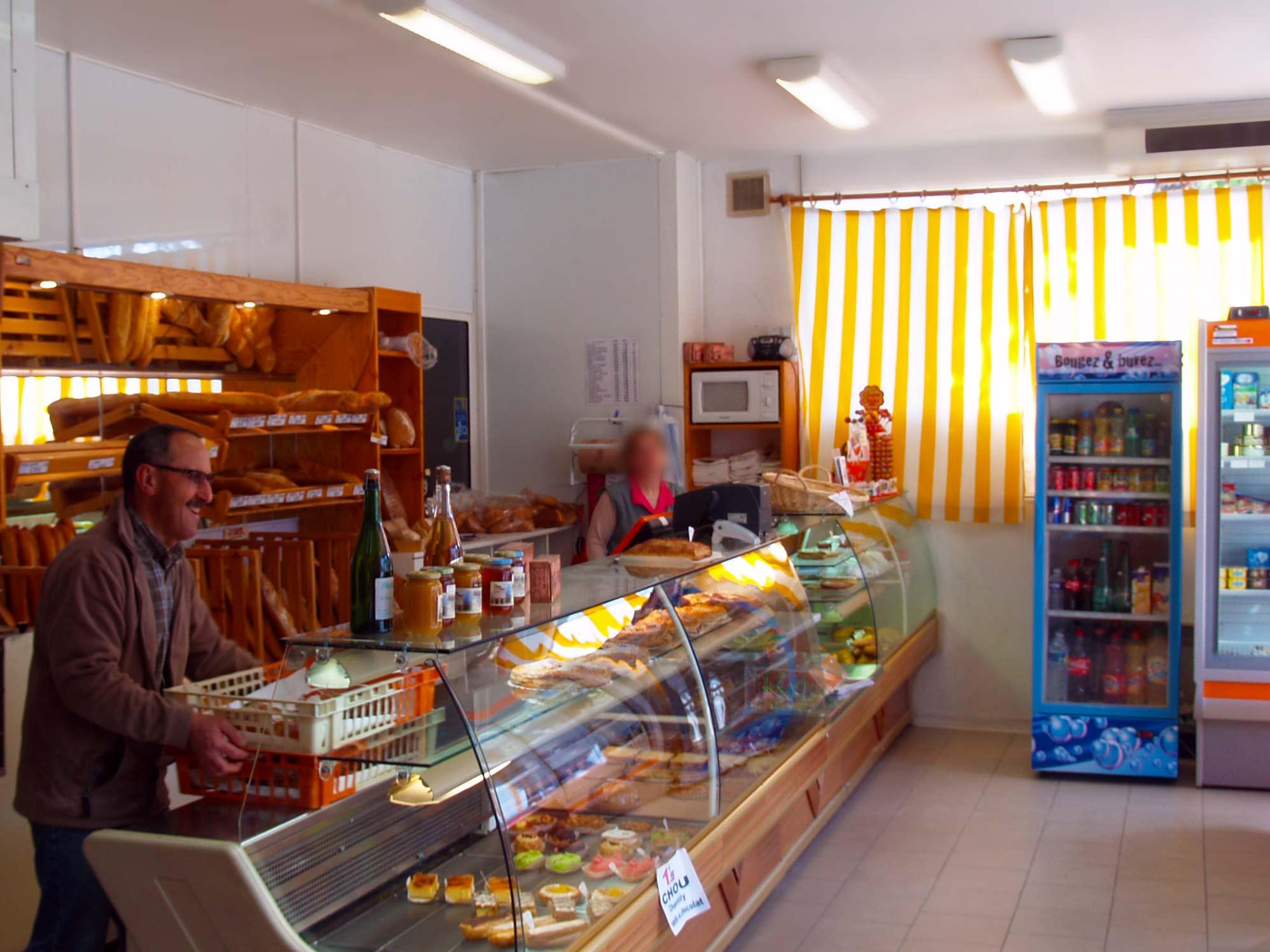 patisserie boulangerie laboutarie interieur